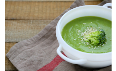 Broccoli, garlic potato soup